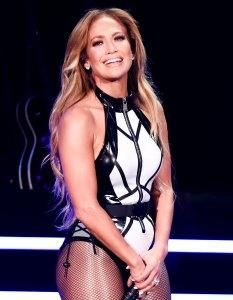 Jennifer Lopez Teases Flavorful 2020 Super Bowl Halftime Show