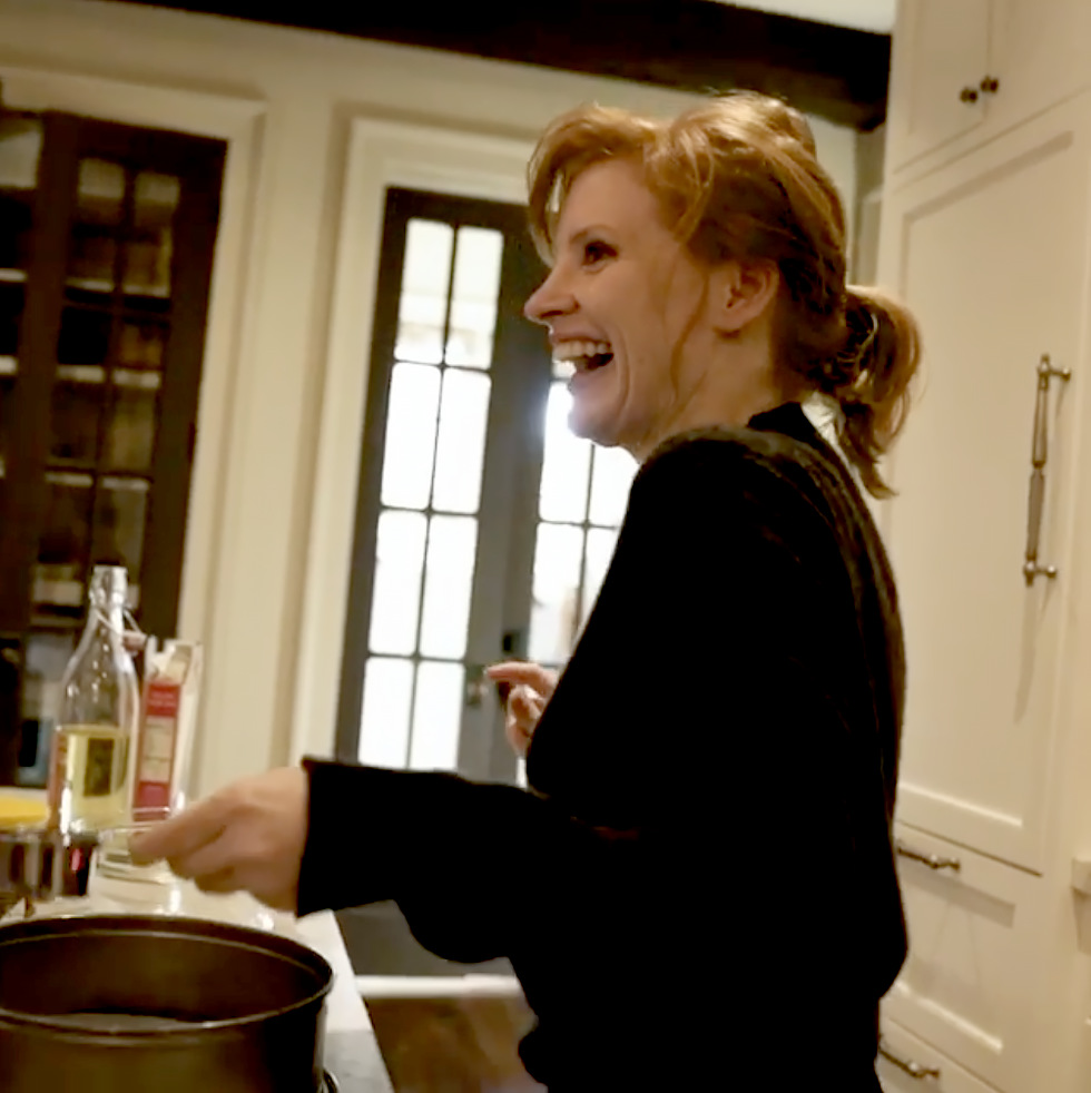 Jessica Chastain Hilariously Documented Her First Cake Making Experience: 'It Looks Disgusting'