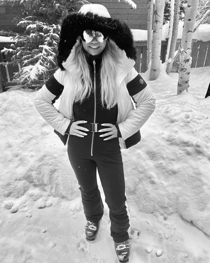 Jessica Simpson Shows Off Her Slim Post-Baby Body On Family Ski Trip