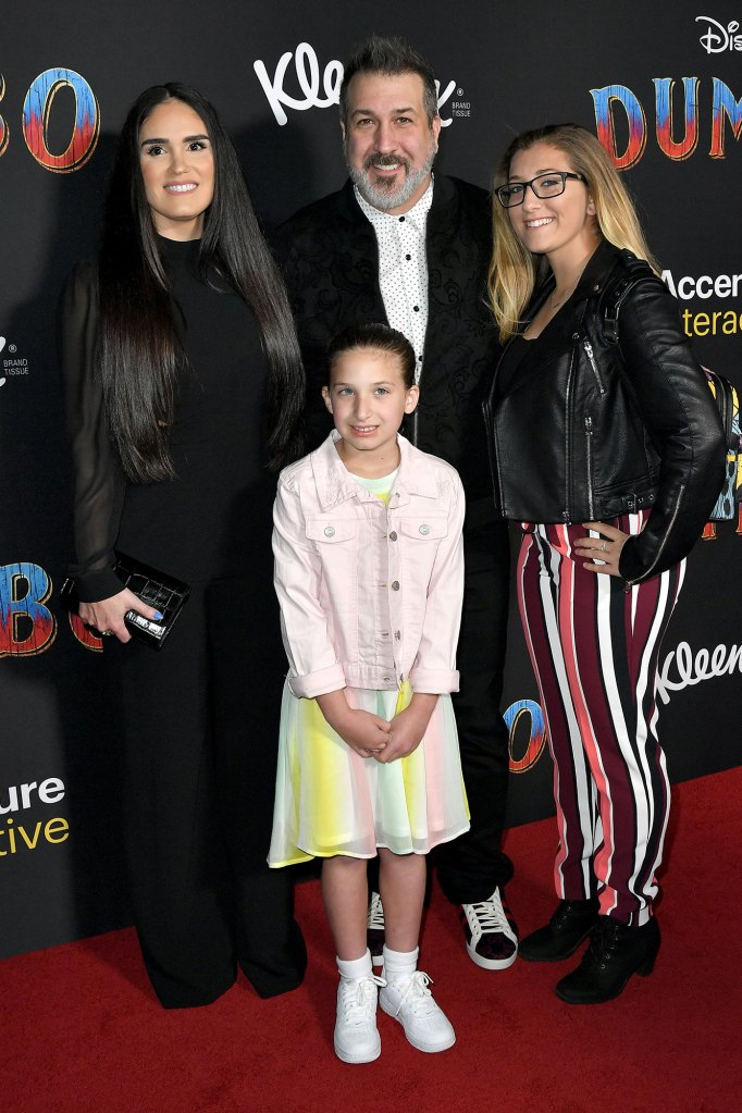 Joey Fatone With Family Co-Parenting