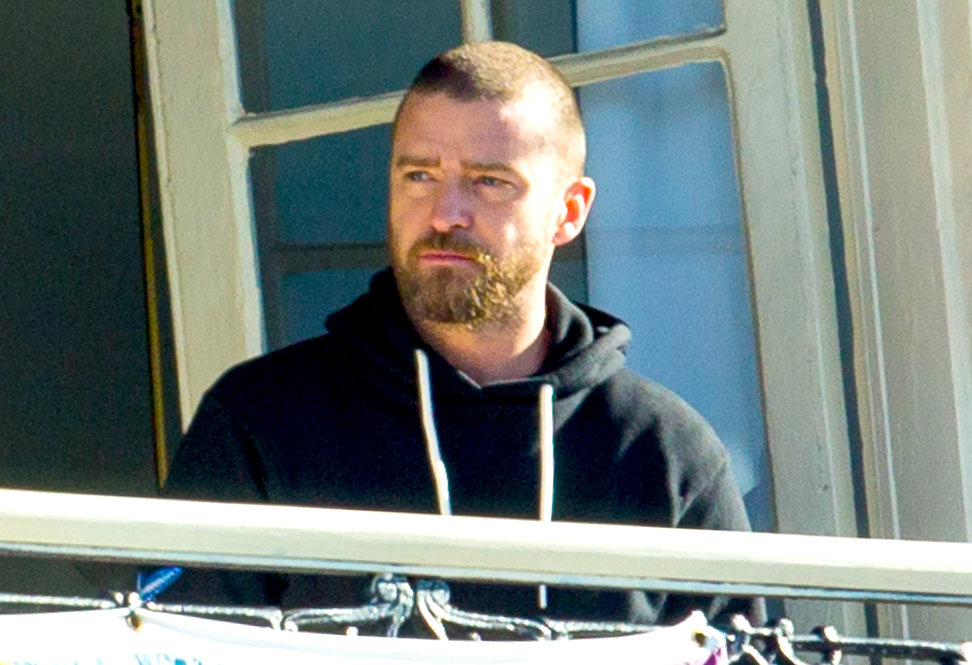 Justin-Timberlake-and-'Palmer'-Costars-Wrap-Filming-After-PDA-Scandal