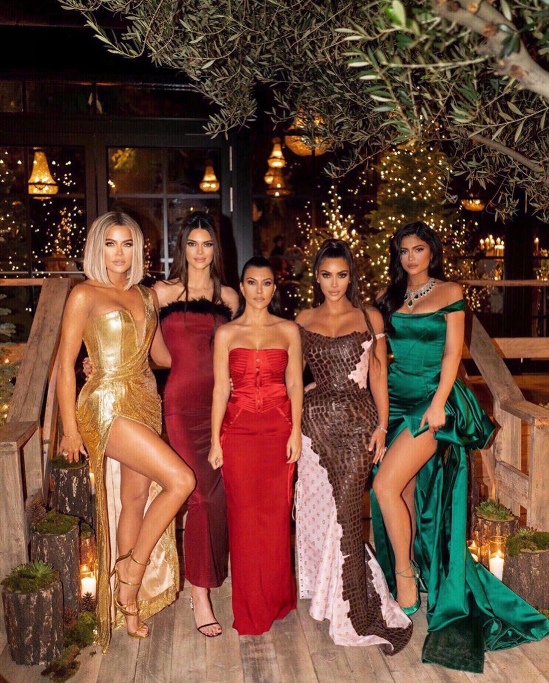 Kardashian christmas bash 2018