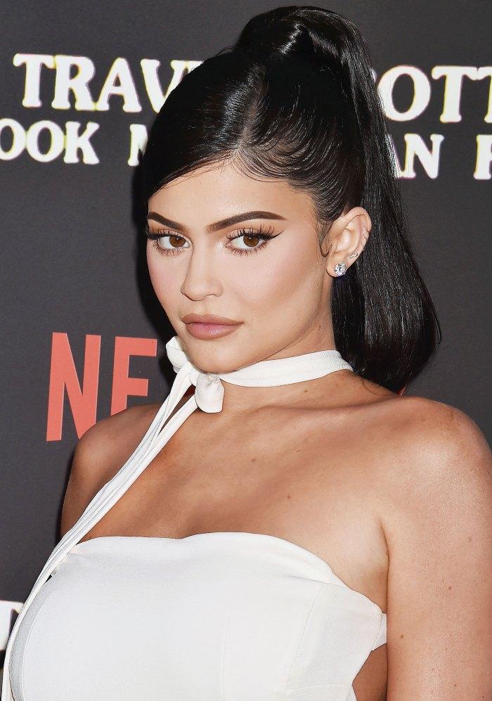 Kylie Lip-Kit Makeup Tutorial