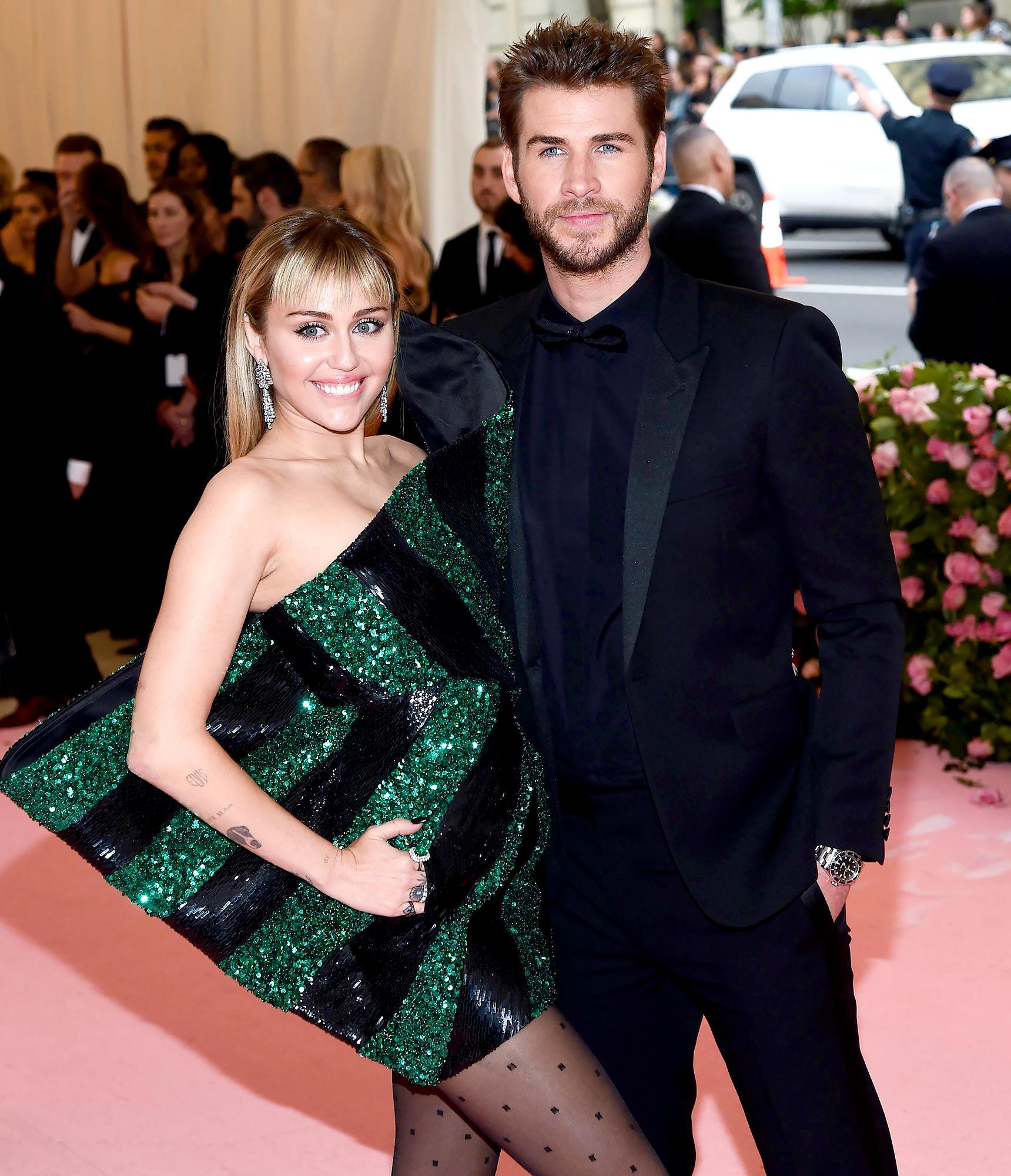 Liam Hemsworth muscles post Miley divorce 2