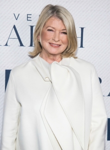 Martha Stewart Fans Can't Get Enough of Her Haircut and Makeover: 'We Weren't Ready'