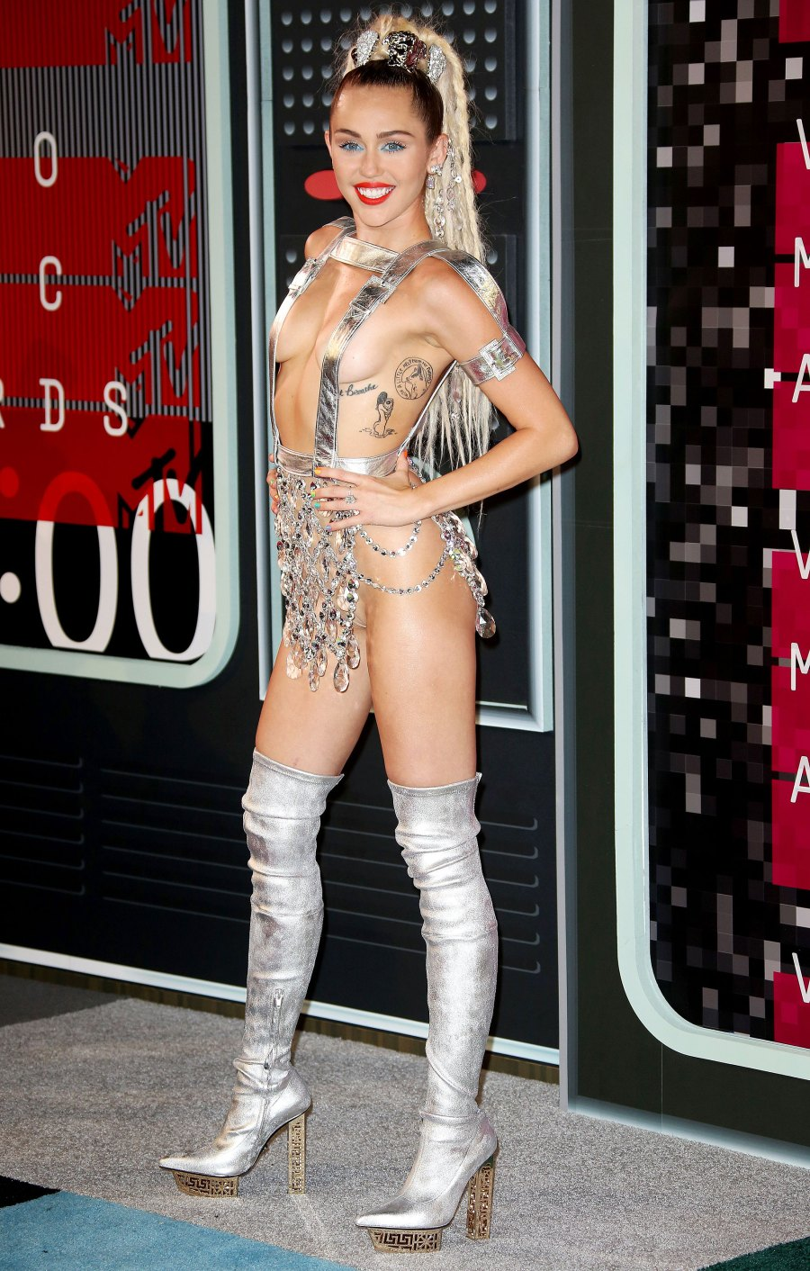 Most Stylish Moments of the Decade - Miley Cyrus at the 2015 VMAs