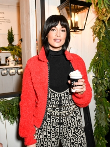 Kacey Musgraves Sipped Hot Chocolate While Celebrating the Chanel N°5 in the Snow Fragrance in NYC
