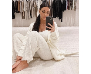 The Skims Cozy Collection Is the Instagram-Friendly Loungewear Set You've Been Dreaming Of