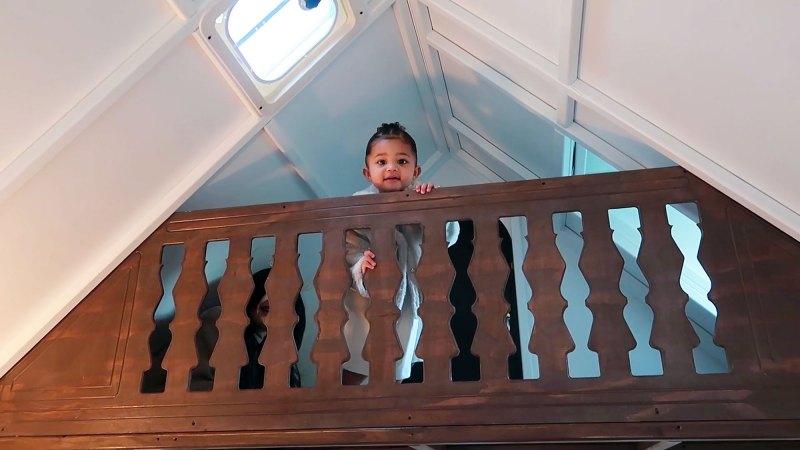 https://www.usmagazine.com/wp content/uploads/2019/12/Stormi on the Loft Inside Kylie Jenners 22 Month Old Daughter Stormis Epic Playhouse From Kris