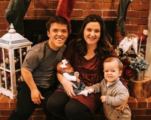 Tori Roloff's Son Kisses Infant Sister