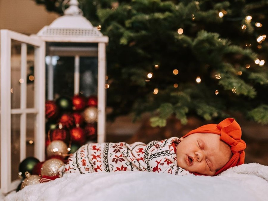 Tori Roloff Surprised Son Jackson Touched Newborn Sister in Family Christmas Photo
