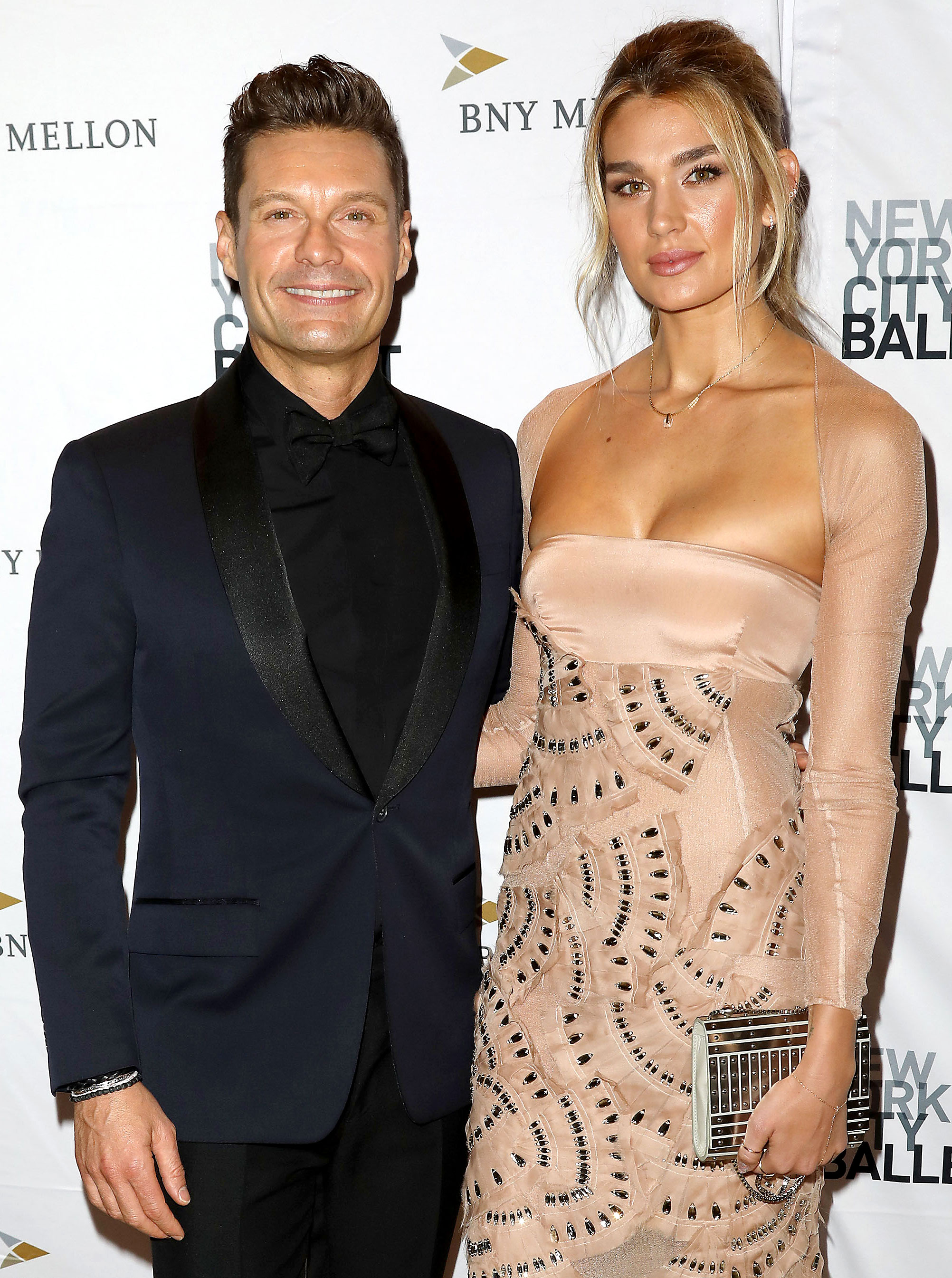 Ryan Seacrest: GF Shayna Taylor Will Be My New Years