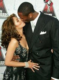 Kobe Bryant Kissing Wife Vanessa in 2004 Kobe Bryants Life in Pictures