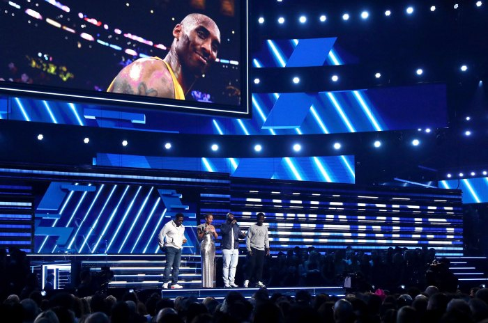 Alicia Keys and Boyz II Men Performing a Tribute to Kobe Bryant at the Grammys 2020