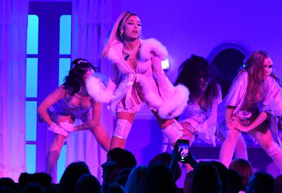 Ariana Grande Returns to the Grammys Stage Grammys 2020