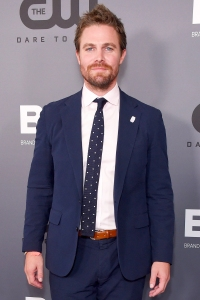 Arrow's Stephen Amell Suffers a Panic Attack During Podcast Interview: 'I'm Mentally Exhausted'