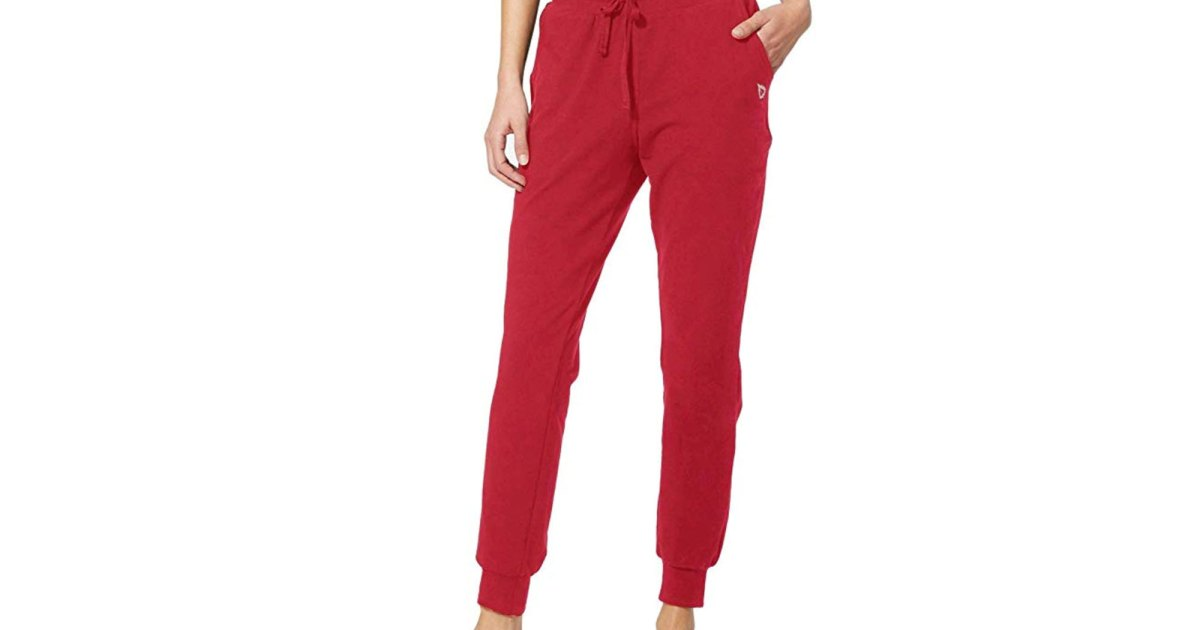 'Thigh-Slimming' Sweatpants Exist — And We're Buying Them in Every Color.jpg