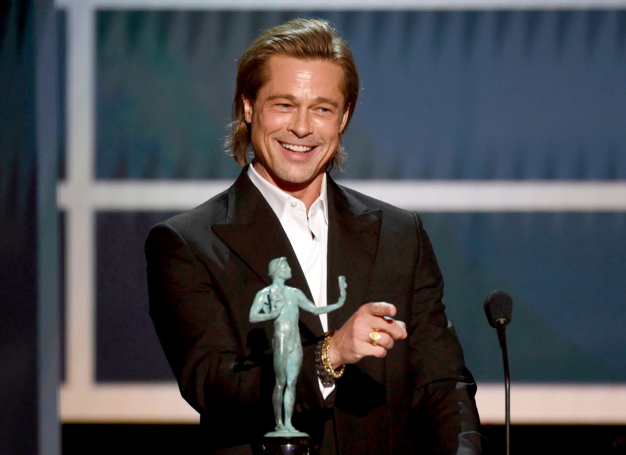 Brad Pitt Wants to Add His SAGs Win to His Tinder Profile