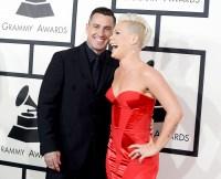 Carey-Hart-Pink-Grammys-PDA