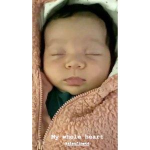Cassie Shares 1st Photo of Her Alex Fine Daughter Frankie Face