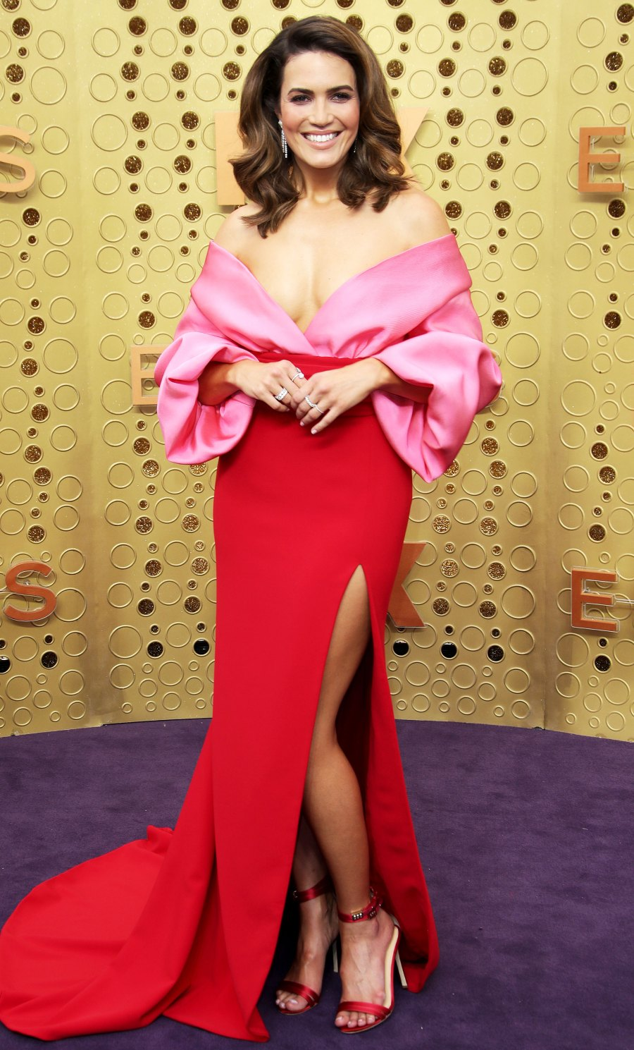 Celebs Wearing Red and Pink - Mandy Moore