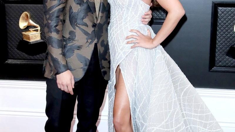 Nick and Priyanka! Gwen and Blake! Every Grammys Couple Who Turned Heads