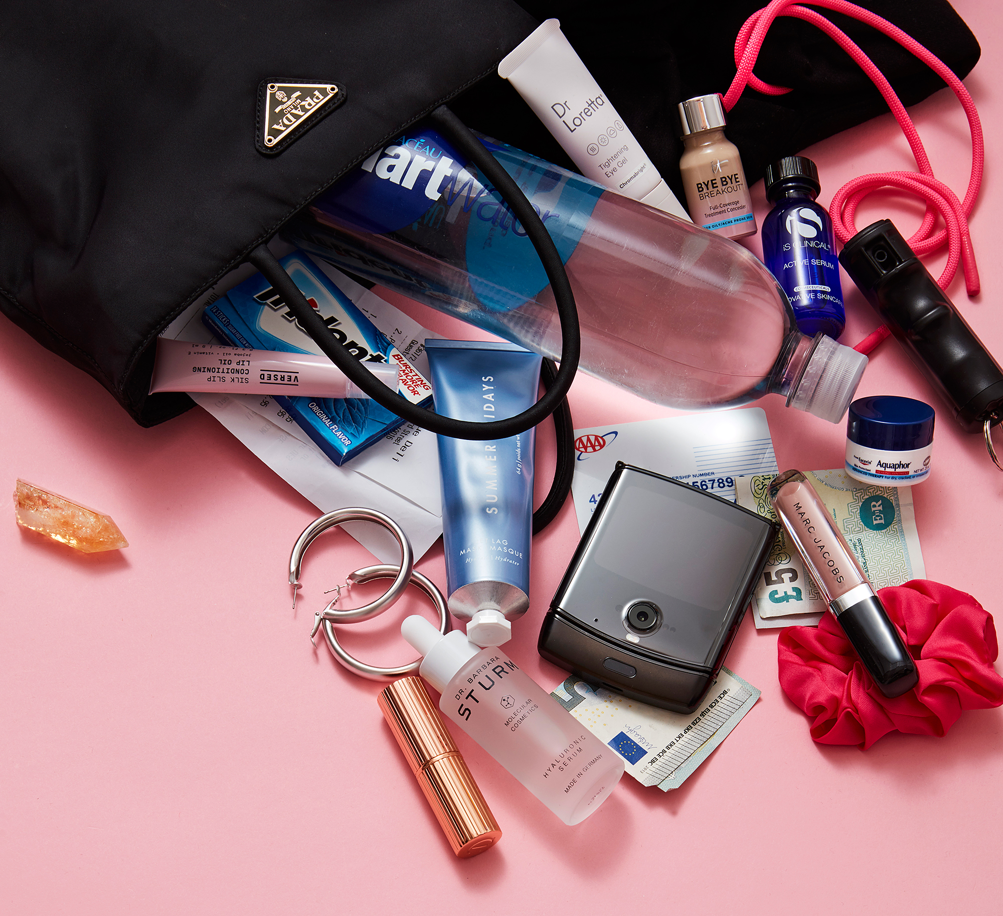 Delilah Belle Hamlin: What's in My Bag?