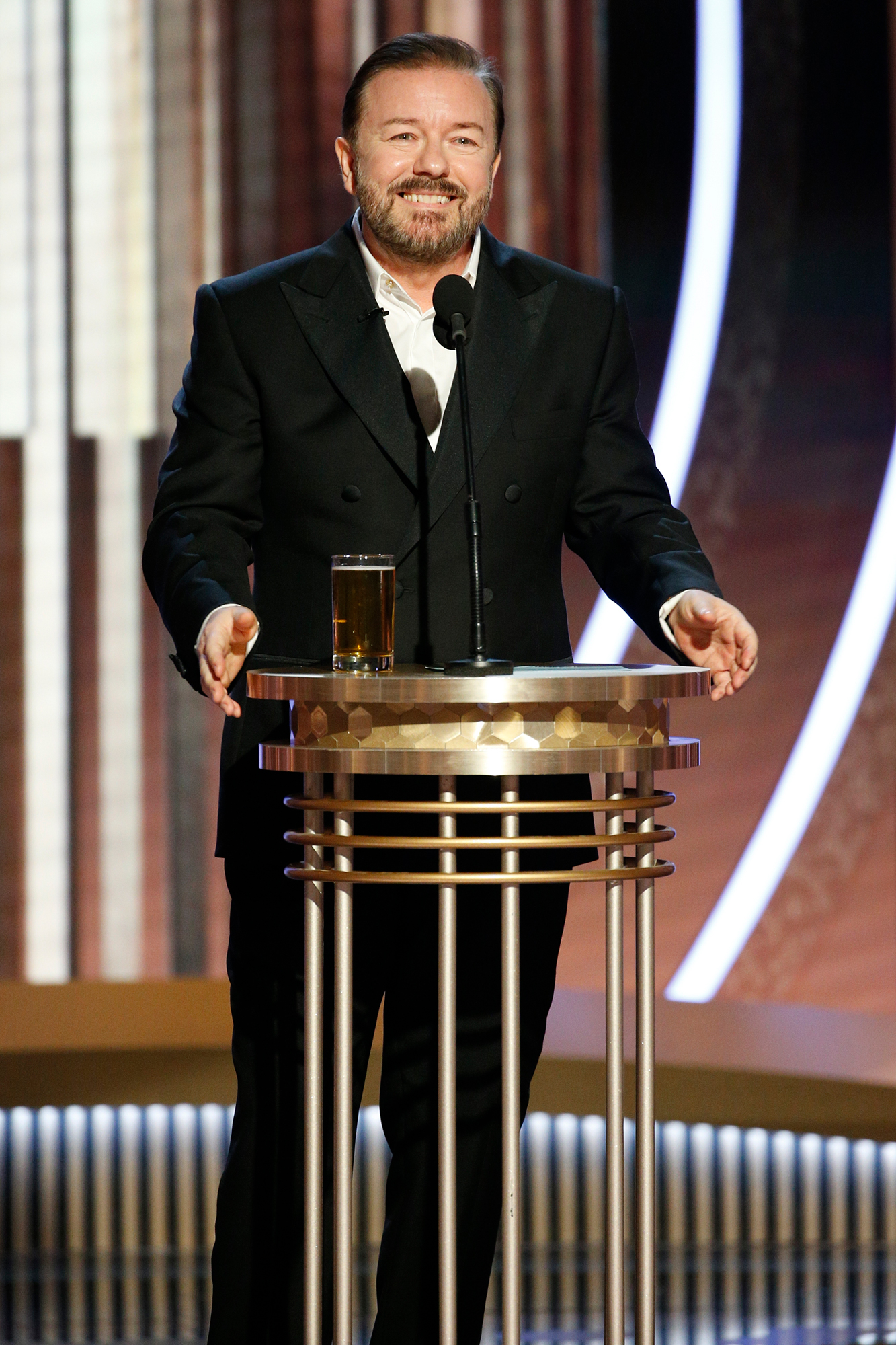 Golden Globes 2020 Host Ricky Gervais Nails Opening Monologue With Jokes About 'Cats' and Felicity Huffman