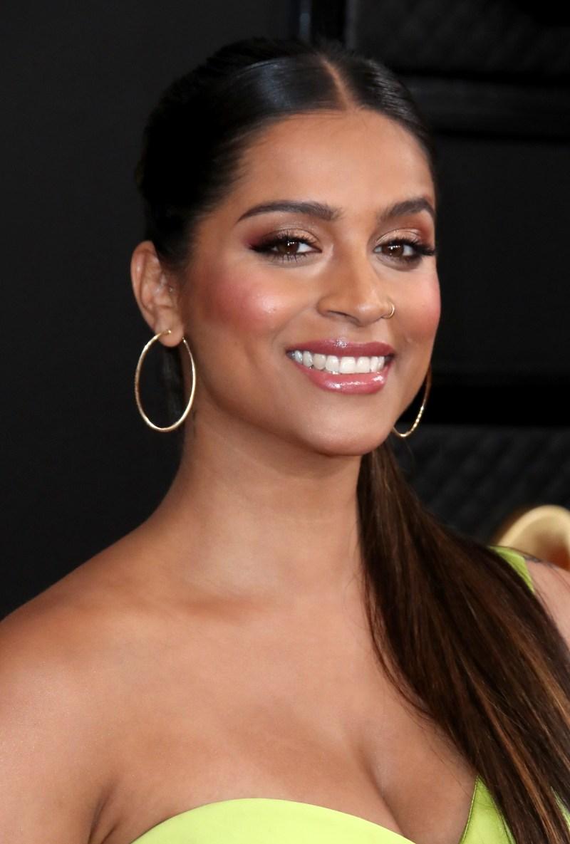 https://www.usmagazine.com/wp content/uploads/2020/01/Grammy Awards 2020 Best Beauty Lilly Singh