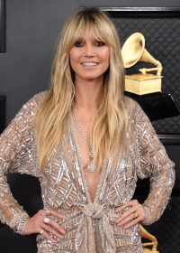 Grammys 2020 Red Carpet Fashion Best Jewelry Bling