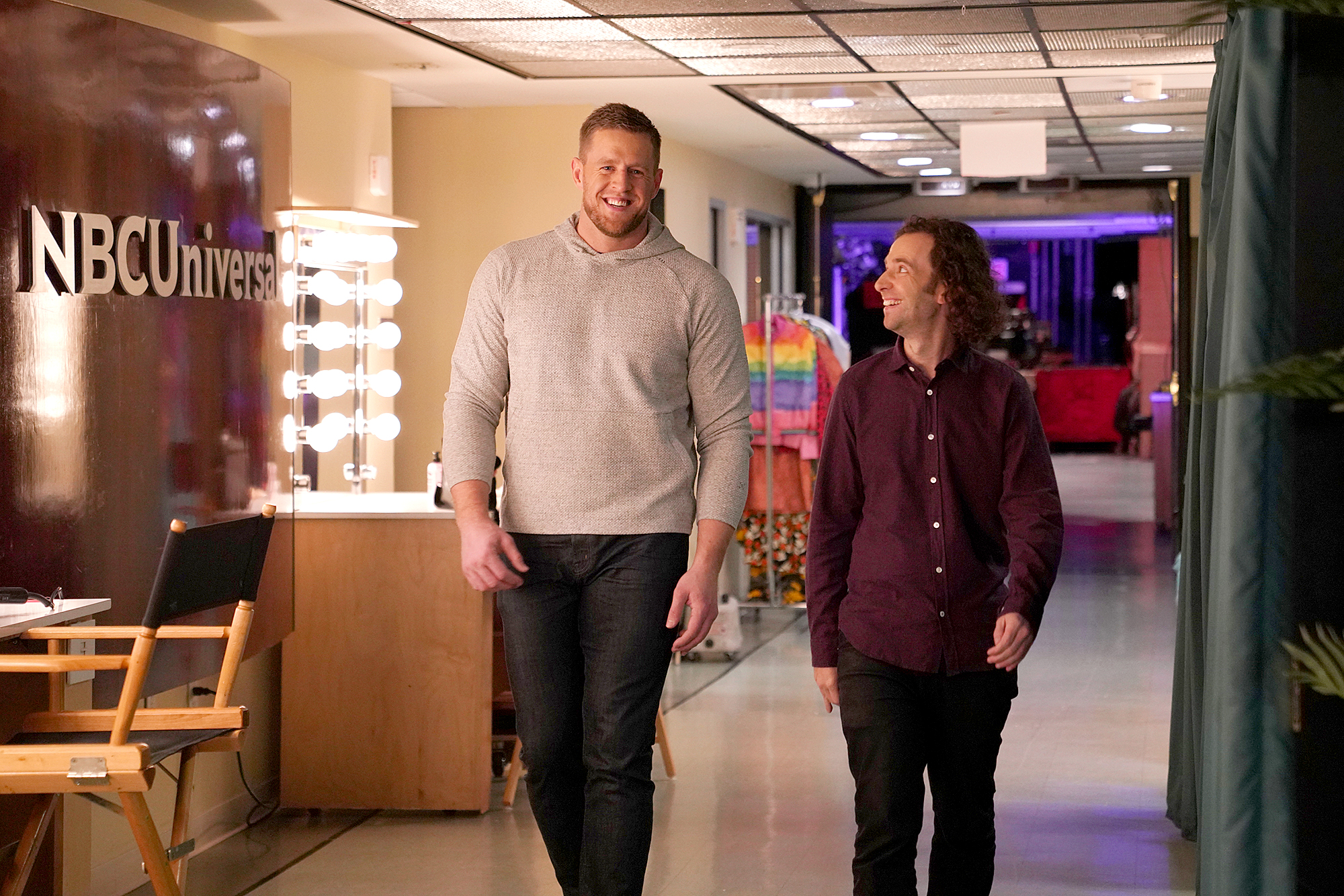 Host-JJ-Watt-and-Kyle-Mooney-SNL