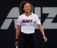 Inside-Tennis-Pro-Naomi-Osaka's-Healthy-Day