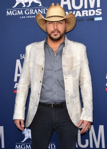 Jason Aldean 'Finally Figured Out' How to Balance His Career and Family
