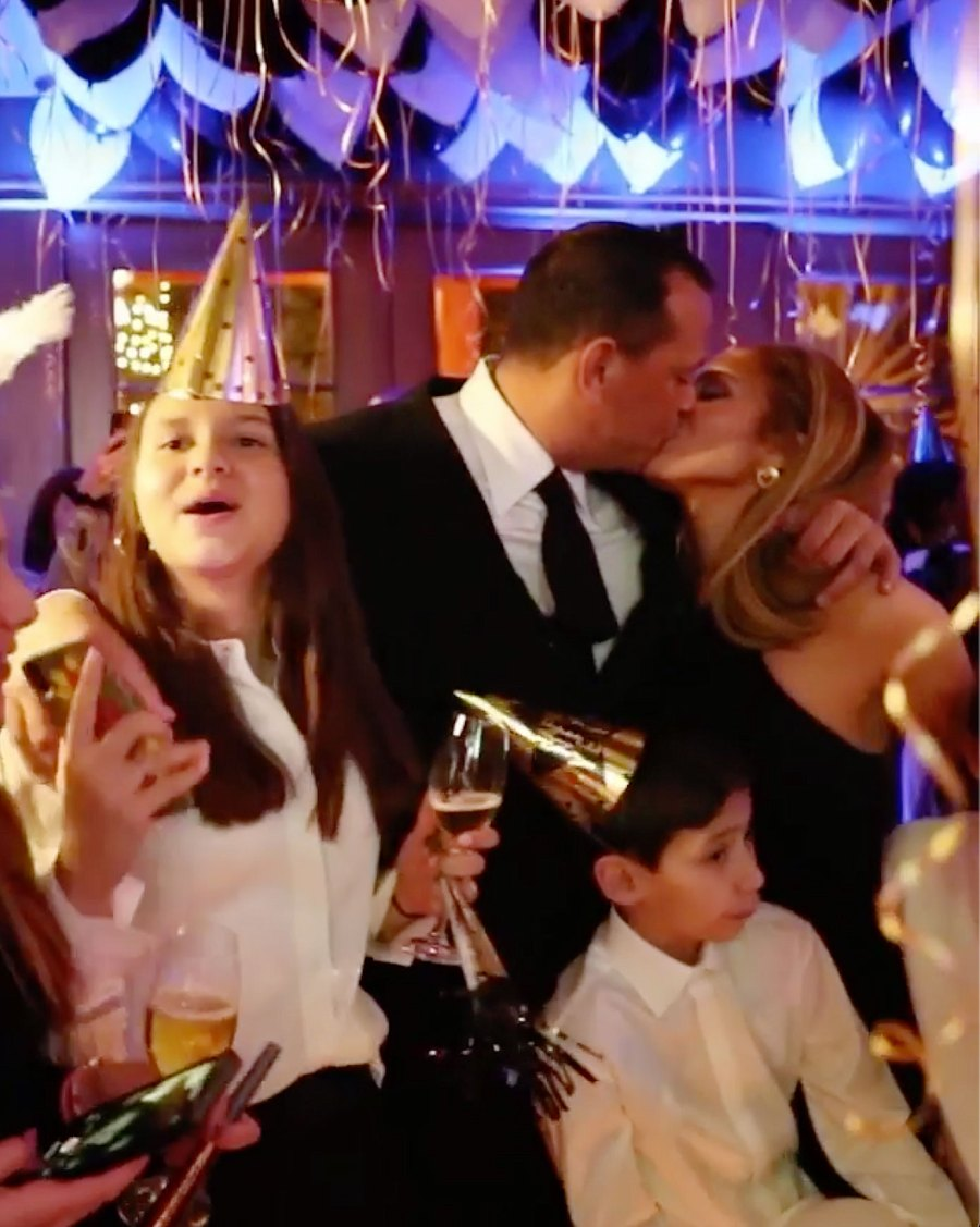 Alex Rodriguez and Jennifer Lopez Kissing How the Stars Celebrated New Years Eve 2020