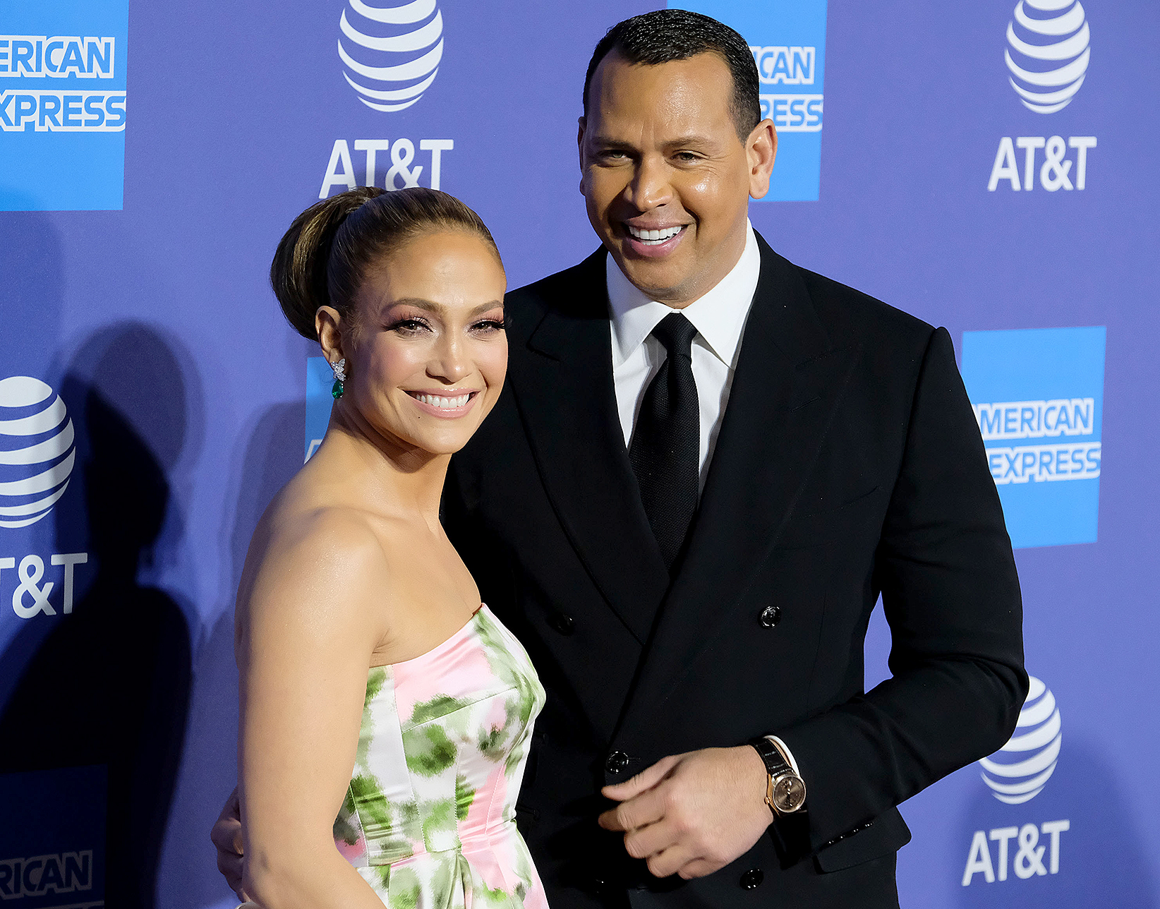 Jennifer-Lopez-and-Alex-Rodriguez-Will-Marry-This-Summer