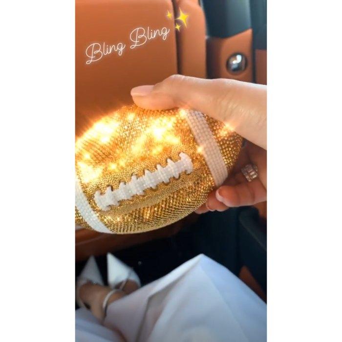 Jennifer-Lopez-glitter-football-purse