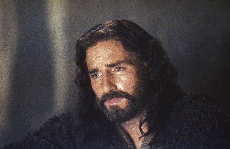 Jim-Caviezel-The-Passion-Of-The-Christ-injury