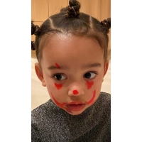 Kim-Kardashian's-Daughter-North-Puts-Clown-Makeup-on-Siblings