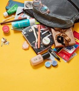 Larisa Oleynik: Qu'y a-t-il dans mon sac?