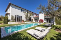 Lori Loughlin and Mossimo Giannulli Put Their 28M House on the Market