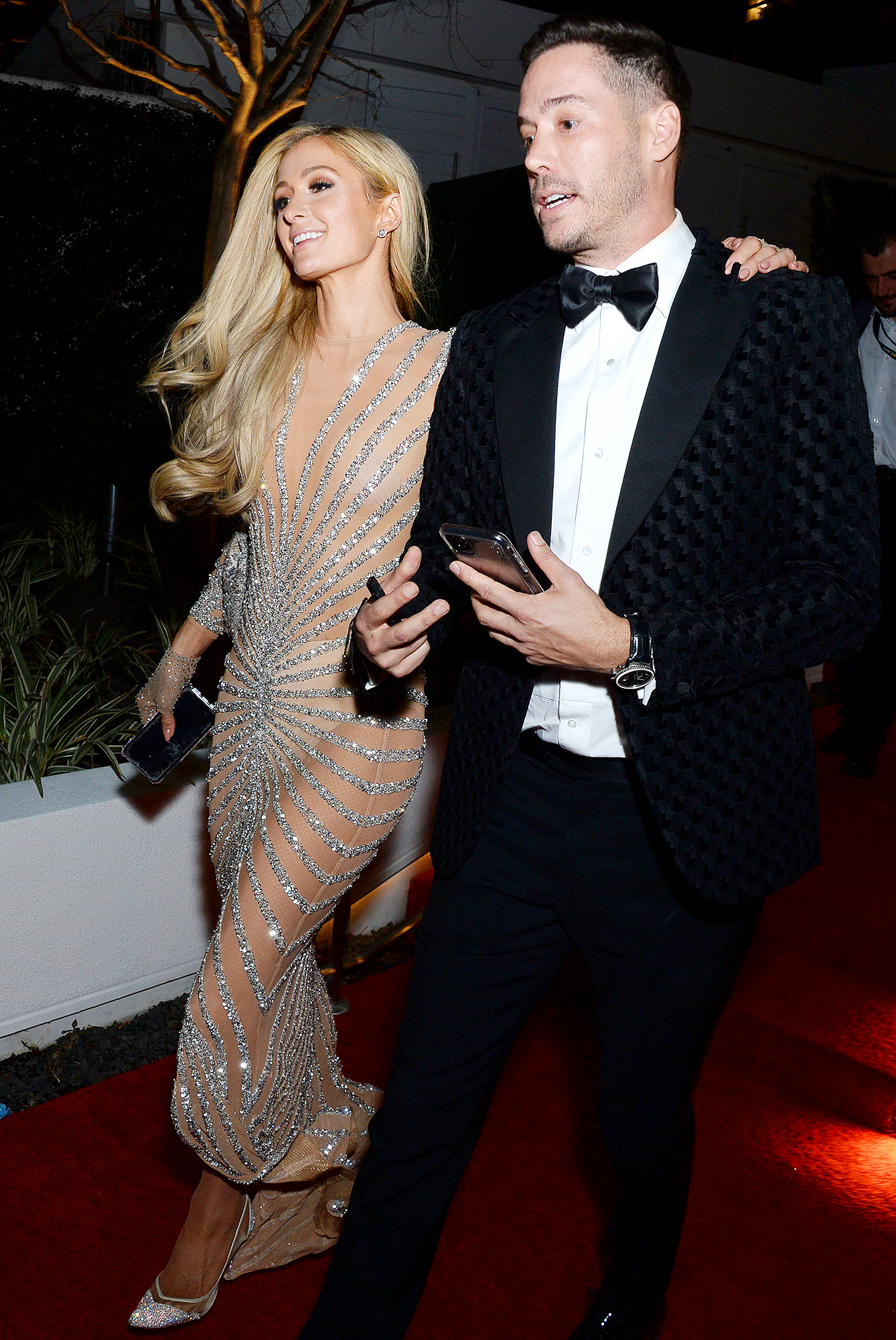 Paris Hilton is dating Carter Reum
