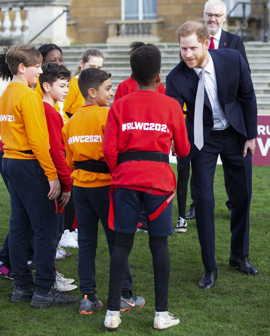 Prince-Harry-Laughs-Off-Question-About-His-Future-as-a-Royal-at-1st-Public-Appearance-Since-Stepping-Down-5