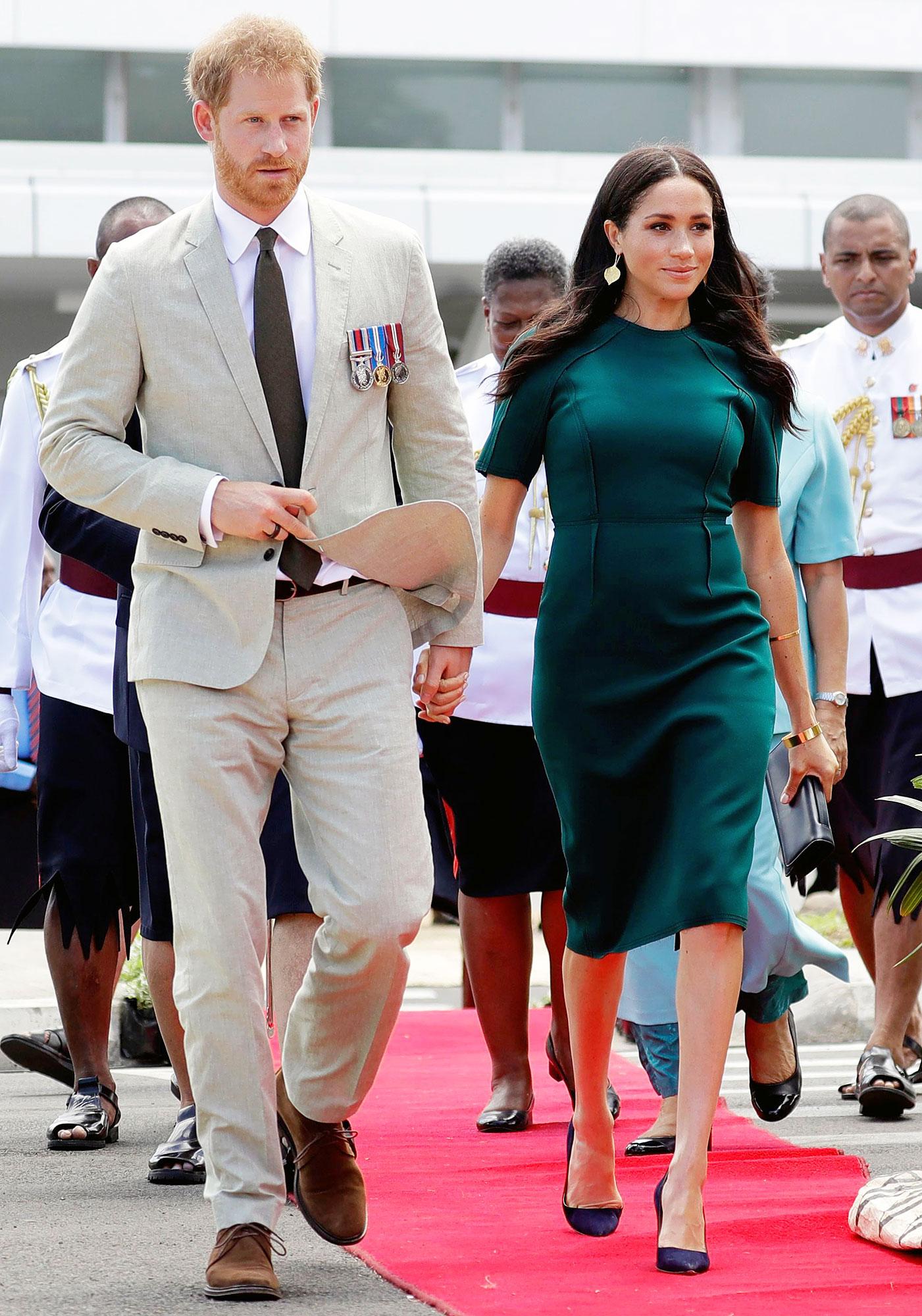 Prince Harry and Duchess Meghan Arrive in Fiji Prince Harry and Duchess Meghan Are Confident After Royal Step Back