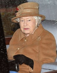 Queen Attends Sunday Service 1 Day Before Planned Meeting With Prince Harry, Prince Charles and Prince William