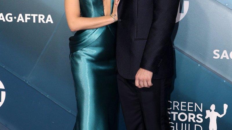 Scarlett Johansson, Colin Jost Attend SAG Awards After Her 'Violent Illness'