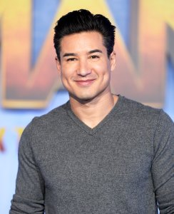 See Mario Lopez Saved By the Bell Reboot Behind-the-Scenes Video