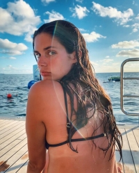 The Best Celebrity Beach Bodies of 2020