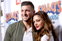 Tim-Tebow,-Demi-Leigh-Nel-Peters-married-2020