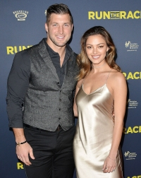 Tim-Tebow-and-Demi-Leigh-Nel-Peter-married