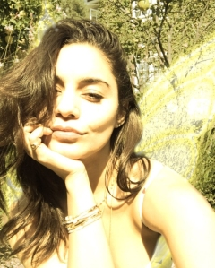 Vanessa Hudgens Posts Sun-Filled Selfie After Austin Butler Split News Breaks
